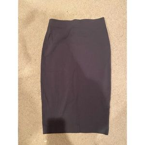 EUC Wilfred stretchy skirt